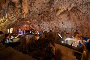 vivarium postojna 300x200 - De la cueva con tren eléctrico de Postojna al Castillo cueva de Predjama