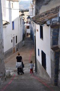 ayora losatos1 200x300 - Ayora con niños, el interior de la Comunidad Valenciana mola mucho