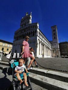 lucca duomo 225x300 - La Toscana con niños y sus 10 imprescindibles