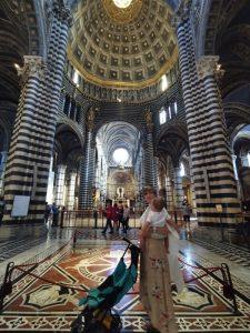 siena catedral 225x300 - Lo mejor de la Toscana en un día desde Florencia con niños