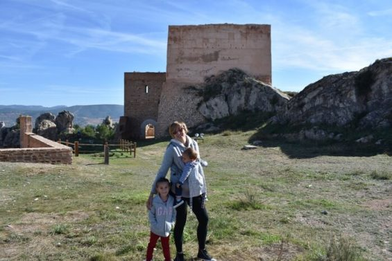 ayora castillo1 565x377 - Ayora con niños, el interior de la Comunidad Valenciana mola mucho