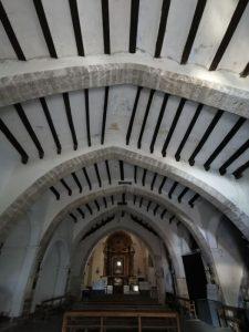 ayora iglesia arcos1 225x300 - Ayora con niños, el interior de la Comunidad Valenciana mola mucho
