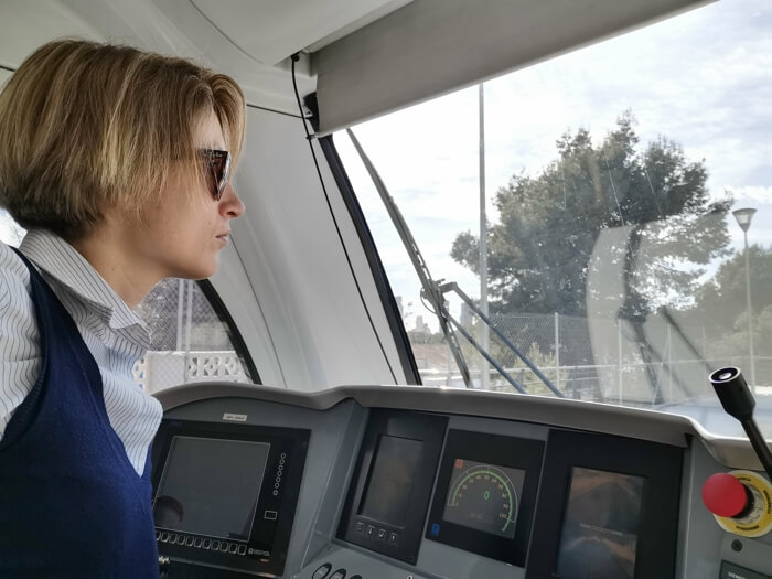 Mujer trabajadora y bloguera de viajes, pero ante todo madre