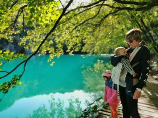 visitar los lagos de Plitvice con niños