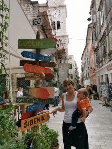 sibenik5 225x300 - Sibenik con niños, el Parque Nacional de Krka y mucho más