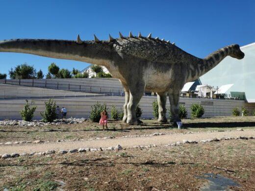 dinosaurios cuenca 520x390 - Los dinosaurios de Cuenca, una ruta para disfrutar con niños