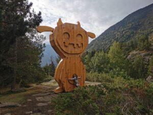 Dino1 300x225 - ¿Dónde están los Tamarros de Andorra? Tu imprescindible con niños