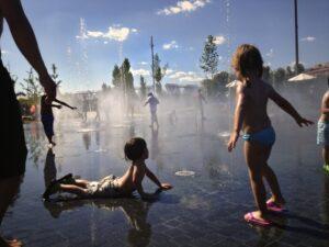 parque rio1 300x225 - Madrid alternativo para familias con bebés