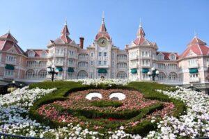 Disneyland2 300x200 - ¿Cómo viajar a Disneyland París barato desde España y sin arruinarte?