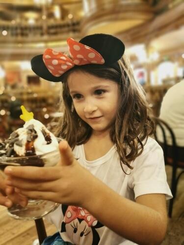 comida disney - ¿Cómo viajar a Disneyland París barato desde España y sin arruinarte?
