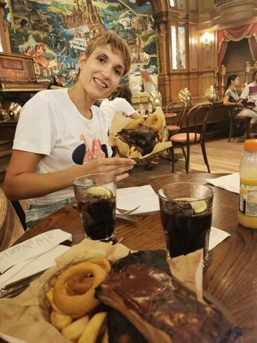 comida disney2 - ¿Cómo viajar a Disneyland París barato desde España y sin arruinarte?