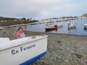 cadaques4 300x225 - Visitar Figueres con niños y sus alrededores en un día
