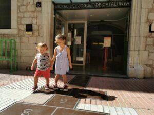 figueras 300x225 - Visitar Figueres con niños y sus alrededores en un día