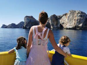 islasmedas 300x225 - ¿Qué hacer en L'Estartit con niños? Descubriendo la Costa Brava