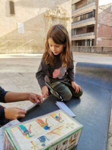 juegos freetour alicante 225x300 - Un Free Tour con niños en Alicante, conoce tu ciudad en familia
