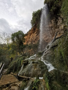 cascada del tio juan1 225x300 - El Salto de la Novia en Navajas, una cascada espectacular