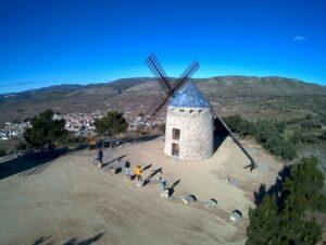 molinos en valencia 300x225 - Los molinos de viento de Valencia se encuentran en Alcublas